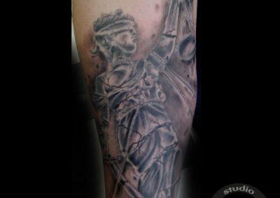 Xltattoostudio Tatuaje En Córdoba Tatúa Iván Tovar